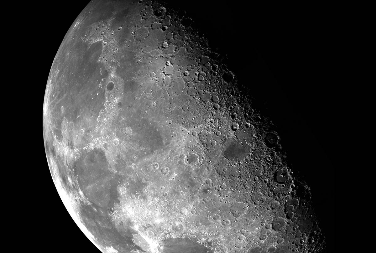 nasa-space-rover-return-to-moon