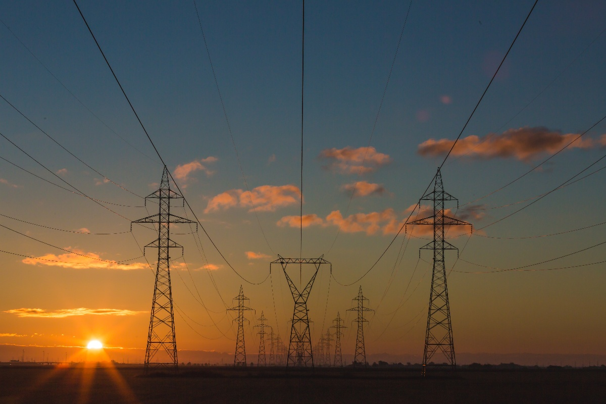 Electrical Engineer's Research Focused on Making The Power Grid More Reliable